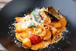 Спагетти с мидиями и креветками (400гр)