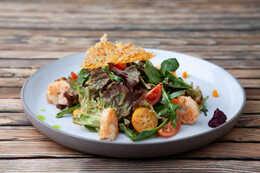 Салат с креветками (200гр)