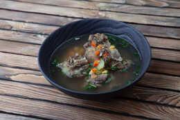 Суп наваристый из бычьих хвостов (450гр)