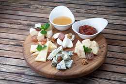 Сырная тарелка (300гр)